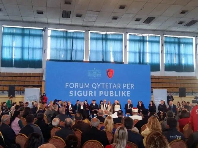 Elbasan/Zhvillohet Forumi Qytetar për Siguri Publike