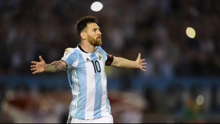 RUSI 2018/Dy nga pretendentët kryesorë për trofeun, Franca e Argjentina zbresin sot në fushë