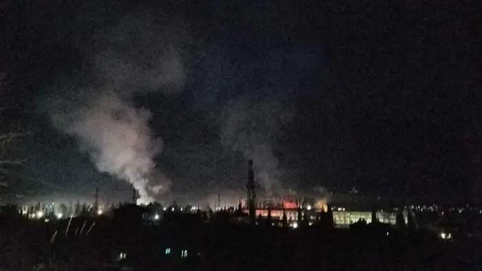 Elbasan/ Qytetarët këmbëkryq me pluhurin e vdekjes në shtëpi…