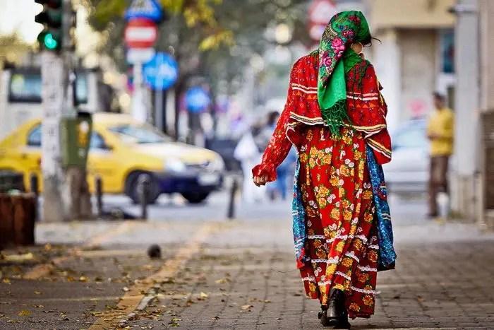 Diskriminimi dhe margjinalizimi që pengojë Romët pa shtetësi në Shqipëri.
