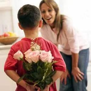 """""""Tezes i vjen Era nënë """", çfarë fshihet pas lidhjes magjike me nipërit dhe mbesat."""