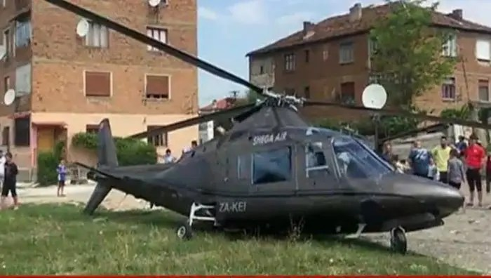 Shkojnë të marrin nusen, rrëzohet helikopteri në Korçë
