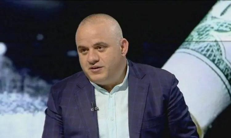Artan Hoxha publikon videon nga parcela me hashash brenda stallës me lopë: Këtë vit çmimi i kanabisit ka arritur deri në…