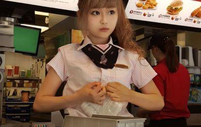 McDonald Sesak: Disebabkan Kehadiran Gadis Ini.