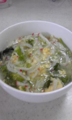 かにかまとブロッコリーの中華スープ