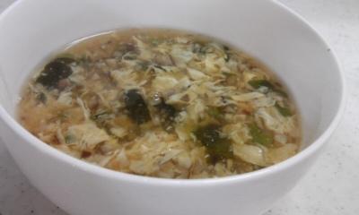 ふわふわ卵の中華スープ