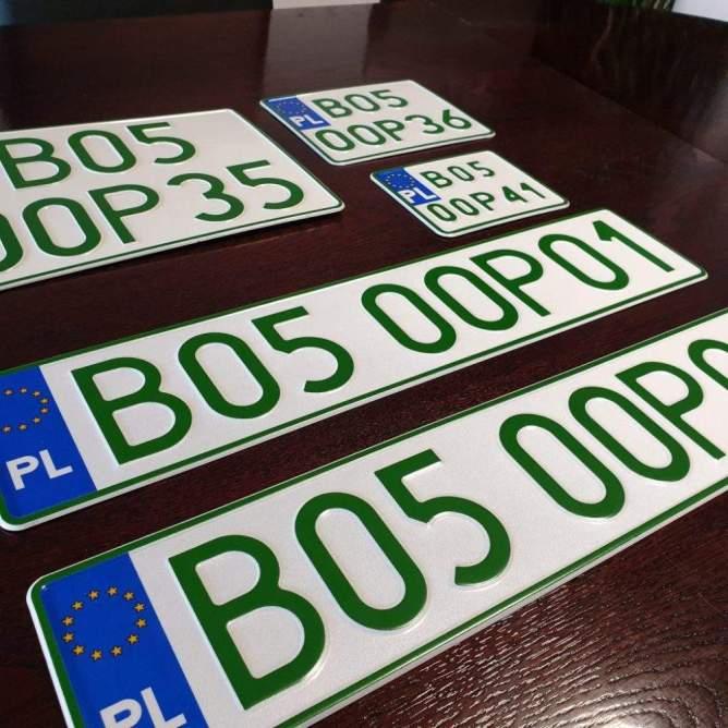 podlaskie24.pl-nowe-zielone-tablice-rejestracyjne-dla-salonow-samochodowych-66271392-2391265151117894-4823524968086110208-o-1024x1024