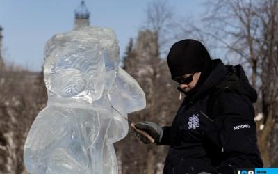 Les artistes de la glace à l'œuvre