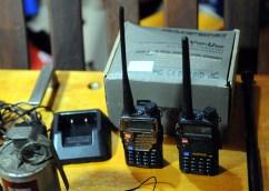 Los radios que utilizaba la banda.