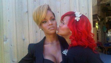 Photo of Rihanna Gets Waxed
