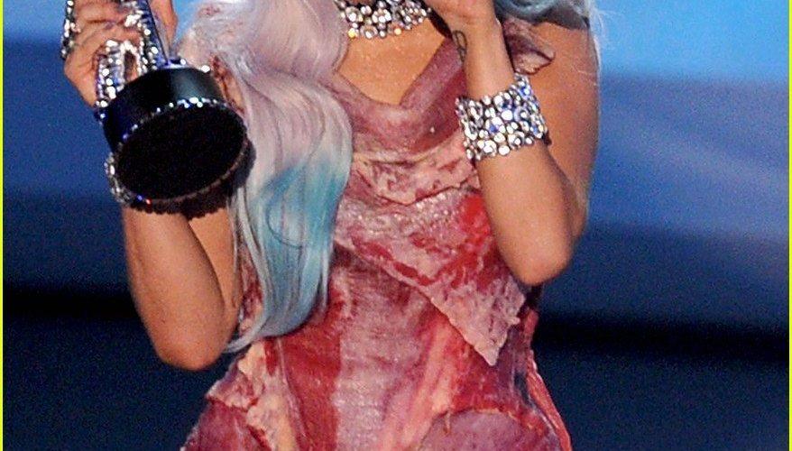 Lady Gaga's Edible Fashion Part Deux: The Bone Dress 1