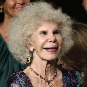 Spain's Newest Blushing Bride: Duchess of Alba Remarries 6