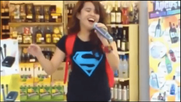 Photo of AMAZING Voice – Girl Sings Whitney Houston Song in Grocery Store