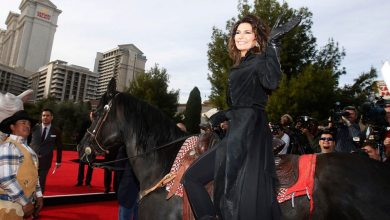 Photo of Shania Twain Shuts Las Vegas Strip DOWN!