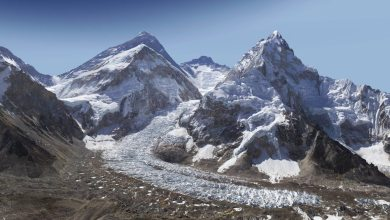 Photo of Mount Everest, in Two Billion Pixels