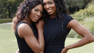 Photo of Williams Sisters in Apple Ad