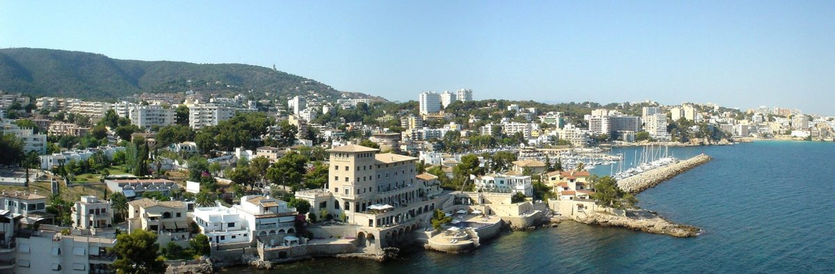 Mallorca holiday transfers - panoramic seafront