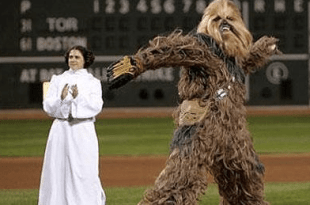 chewbacca-pitcher