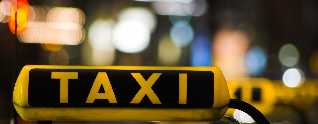 Taxi Advertising versus Online Advertising 1