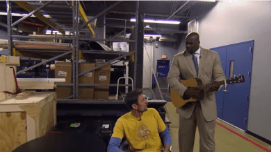 "Photo of Shaq Loves Him Some ""Jessie's Girl"" – Remember That Brent Barry…"