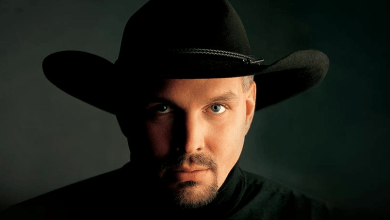 Photo of Garth Brooks and Digital Music