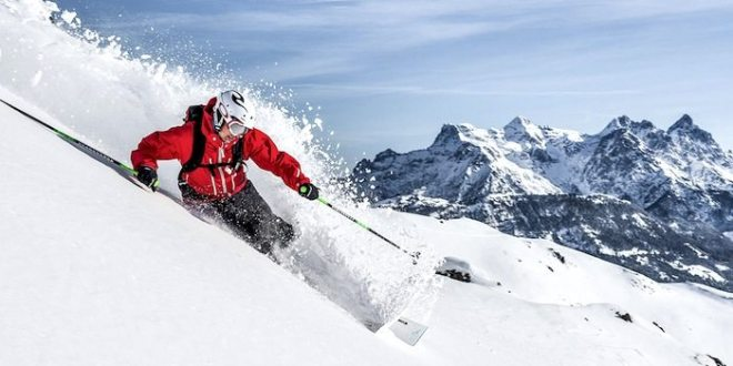 Book A Heli Skiing Trip & See The Rockies