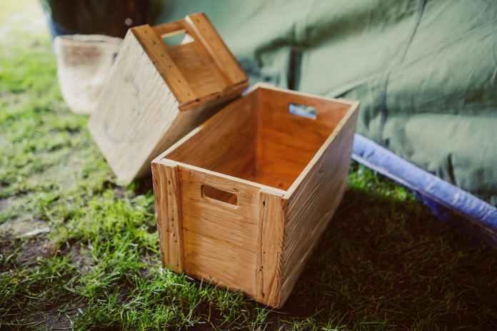wooden decoration box