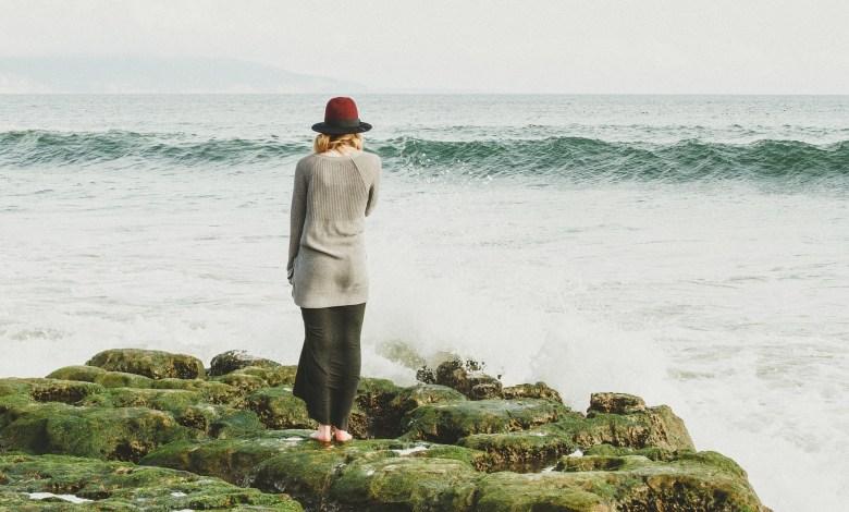 woman ocean viewing