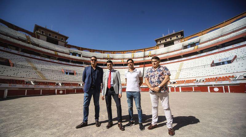Emilio de Justo visita la Monumental de Aguascalientes