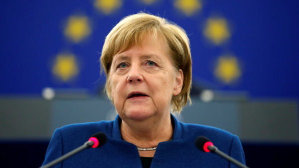 Меркель призвала