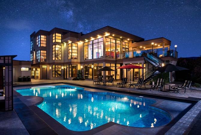 Car Workshop Wallpapers Multi Million Dollar Okanagan Dream House Up For Auction