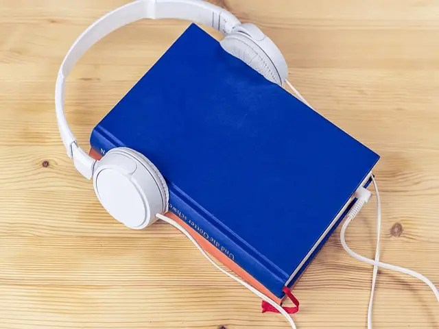 Top 5 Best Audiobook Apps - Listen Anywhere, Anytime