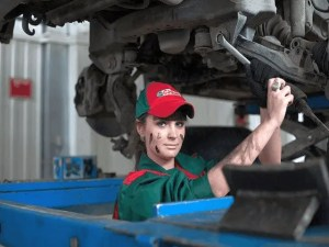 6 Warning Signs Your Car Needs A Service