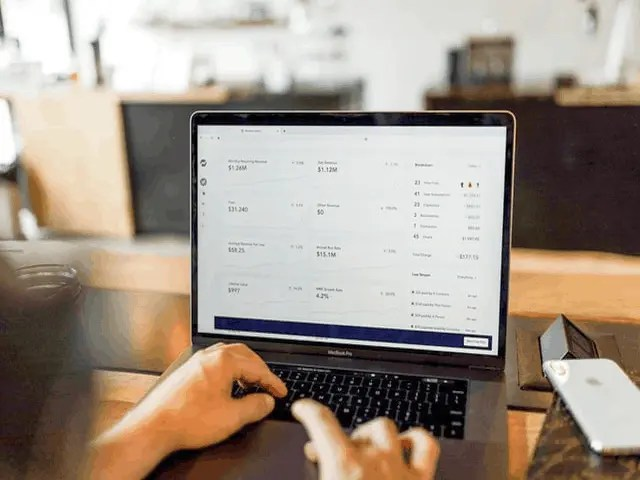7 Reasons You Must Use The Best Billing Software Online 1