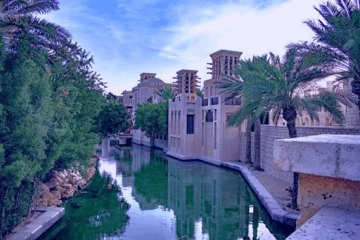 The Complete Area Guide of Jumeirah Golf Estate 2