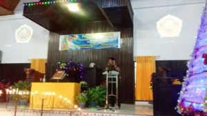 Yosia Rinto Kadang saat hadiri Natal Karang Taruna Tikala
