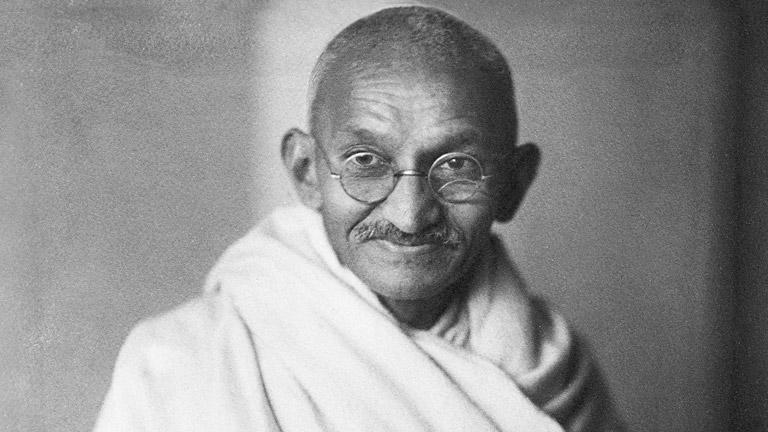 As Convicções Anti-Vacinação de Gandhi soam a Verdade, quase Um Século Depois