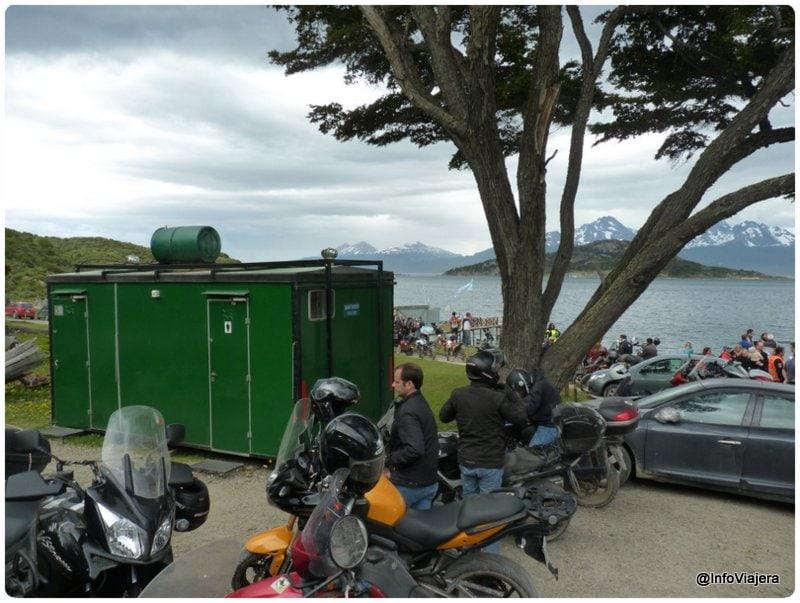 Ushuaia_Parque_Nacional_Tierra_del_Fuego_Isla_Redonda_Baños_Motos