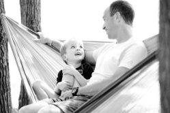 Позднее отцовство — ученые раскрыли главные опасности
