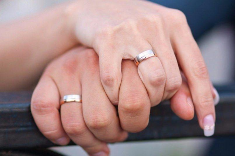 Почему обручальное кольцо нельзя снимать