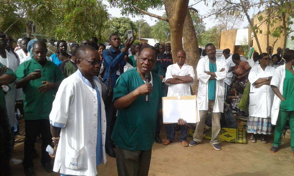 Hôpital Yalgado Ouédraogo : Les travailleurs de Yalgado sont indignés et révoltés d'être insultés et frappés dans l'impunité totale», dixit Hamadi Konfé