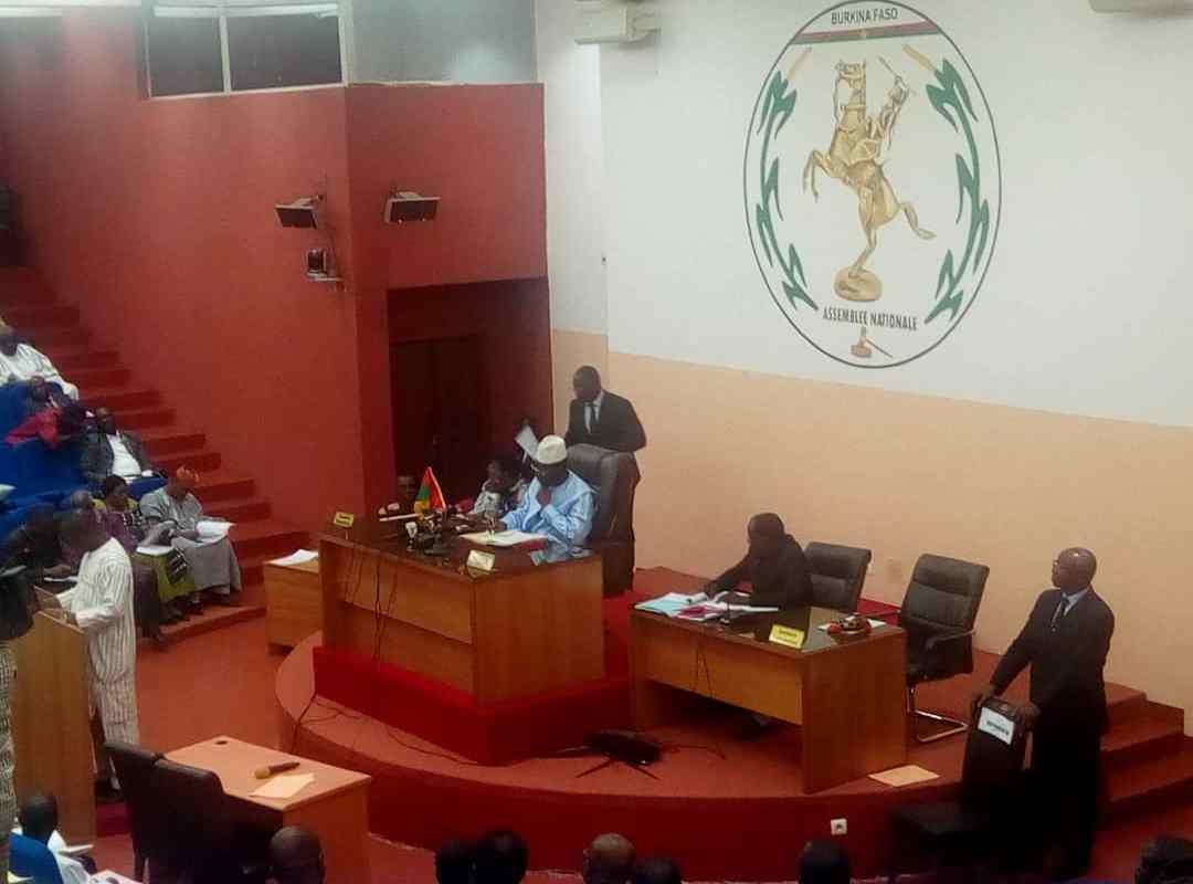 Burkina-Etat d'urgence: prorogation de 6 mois (Assemblée nationale)
