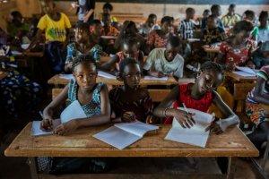 Education: la CNSE lève le mot d'ordre de grève dans «tous ses aspects»