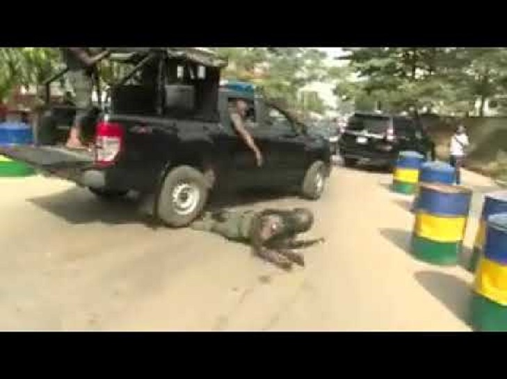 Drama in Osun as Policemen flee after soldiers attacked them - Details