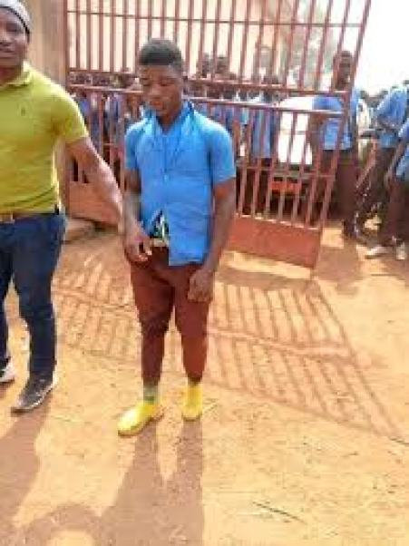 This Student Beats Up Principal And Set Up Administrative Block On Fire  After, See Why He Did This - Naija Campus Jams