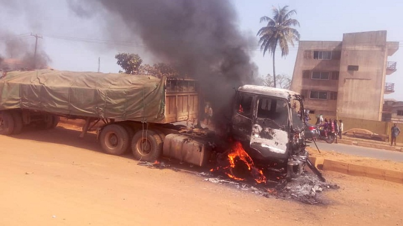 Angry mob set Dangote truck ablaze after this happened