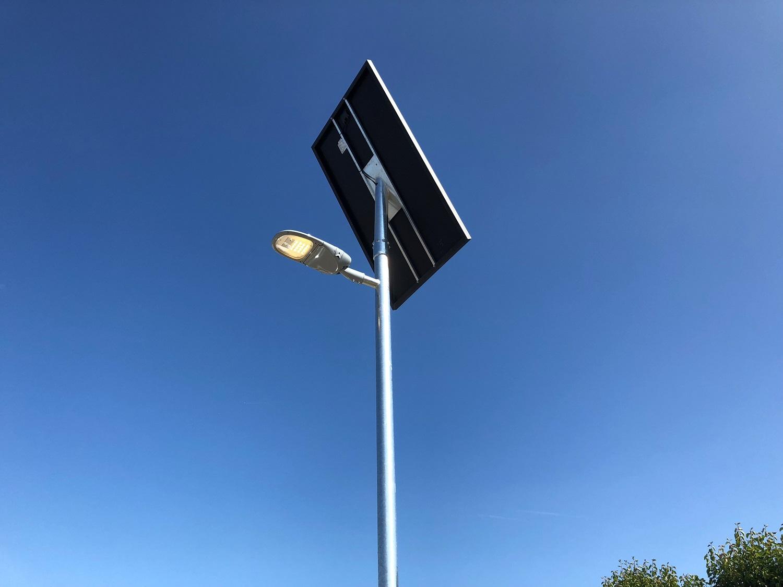lichtmast op zonne-energie