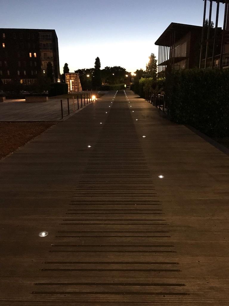 Solar80 led wegdekverlichting steiger
