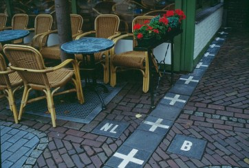 The Netherlands/Belgium: this border is practically non-existent. It runs through coffee shops, yards and even living rooms.