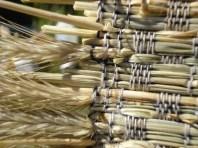 monksbelt straw